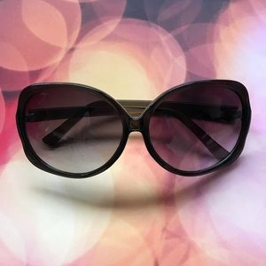 oversized fashion sunglasses